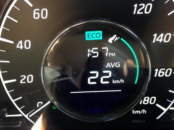 日産ノートMEDALIST 燃費