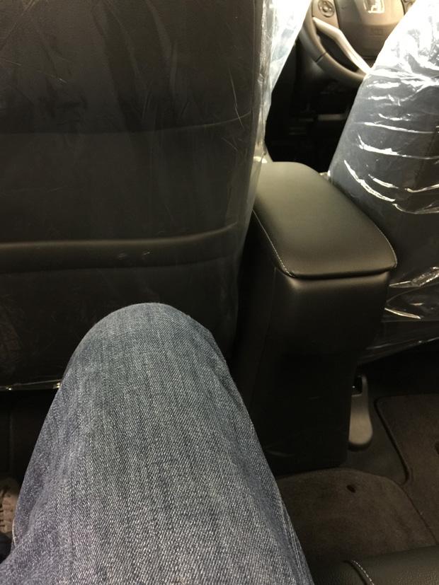 ホンダ・新型シャトルの後席足元スペース