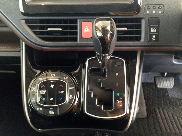 トヨタ新型エスクァイア 7速シーケンシャルシフトマチック