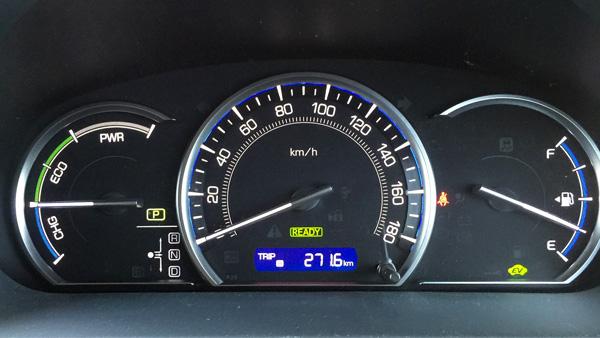 トヨタ新型エスクァイア ハイブリッド専用オプティトロンメーター