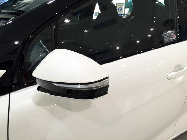 FCV燃料電池自動車トヨタMIRAI(ミライ) ドアミラー