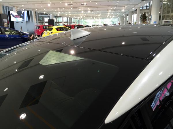 FCV燃料電池自動車トヨタMIRAI(ミライ) ルーフ