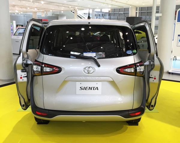 トヨタ新型シエンタ ガソリン車