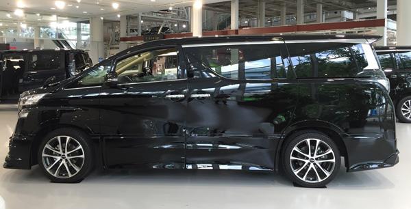 トヨタ新型ヴェルファイア TRDエアロパーツ