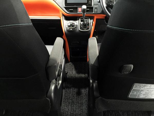 トヨタ新型ヴォクシー