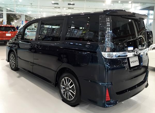 トヨタ新型80系ヴォクシー エアロ仕様
