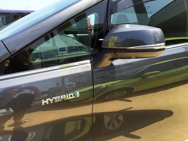 トヨタ30系新型アルファード HYBRID