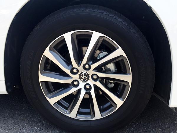 トヨタ30系新型アルファード 17インチアルミホイール