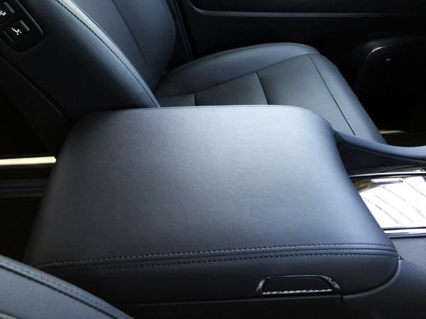 トヨタ30系新型アルファード コンソールボックス