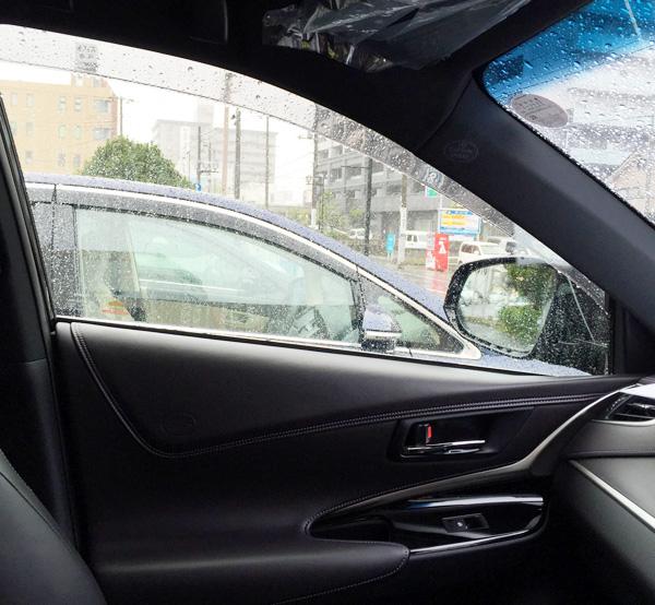 トヨタ・ハリアー 助手席側ドア