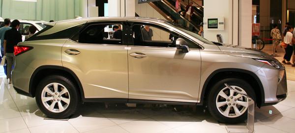 レクサス新型RX 200t