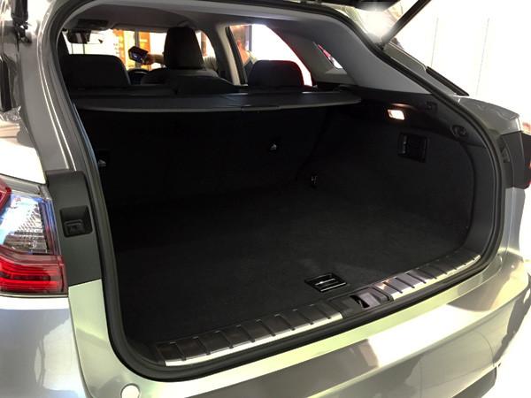 レクサス新型RX 200t ラゲージスペース