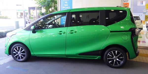 トヨタ新型シエンタ ガソリン車Xグレード