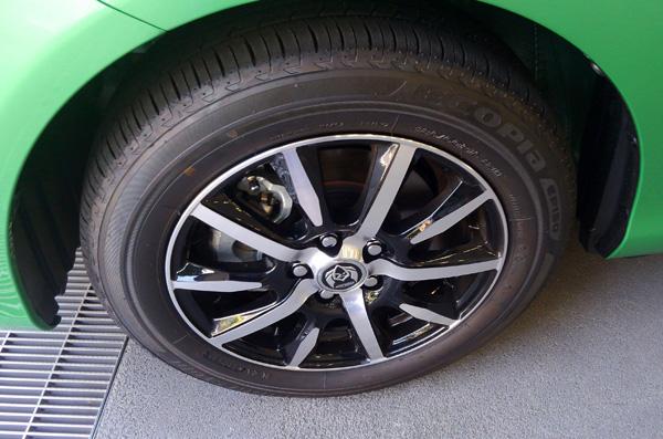 トヨタ新型シエンタ アルミホイール