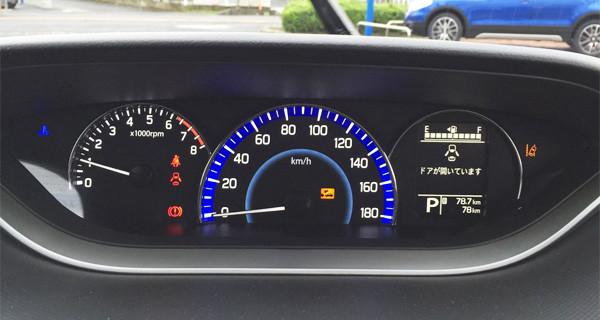スズキ新型ソリオ HYBRID MX メーター