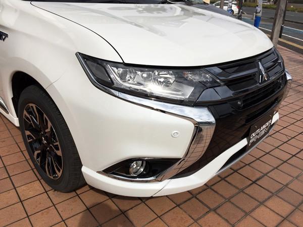 三菱・アウトランダーPHEV 車両価格は高いが、エコカー減税や補助金を活用してお得に購入しよう!