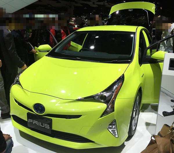 トヨタ・新型プリウス 「サーモテクトライムグリーン」