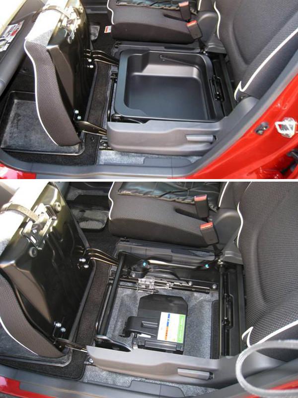 スズキ・ハスラー「G」2トーンルーフ仕様車 助手席下にはリチウムイオンバッテリーが