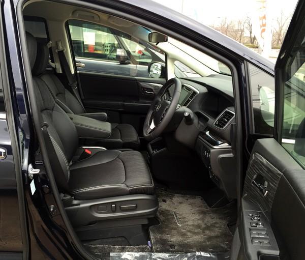 ホンダ・オデッセイ HYBRID ABSOLUTE Honda SENSING Advancedパッケージ 内装