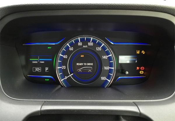 ホンダ・オデッセイ HYBRID ABSOLUTE Honda SENSING Advancedパッケージ メーター