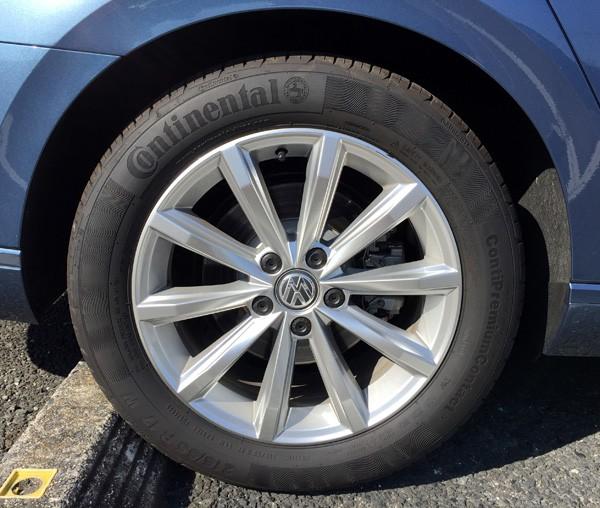 フォルクスワーゲン・パサートヴァリアント TSI Comfortline(コンフォートライン) タイヤ&アルミホイール