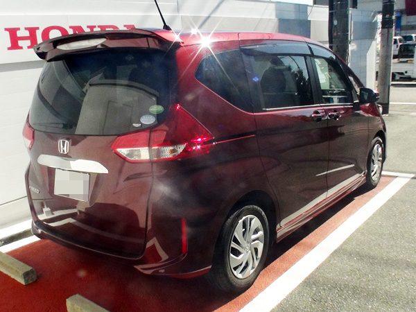 ホンダ・フリード  G Honda SENSING(ガソリン車) プレミアムディープロッソ・パール(赤色)