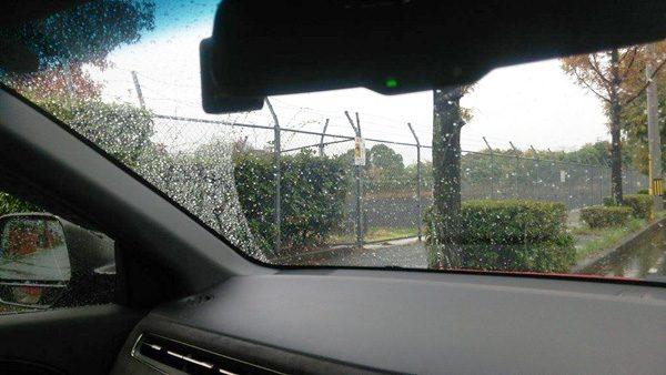 ホンダ・ヴェゼルハイブリッド 運転席からの視界(左前方)
