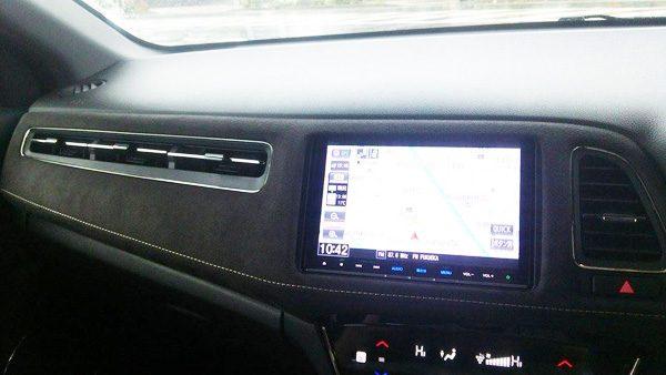 ホンダ・ヴェゼルハイブリッド RS 内装パネル