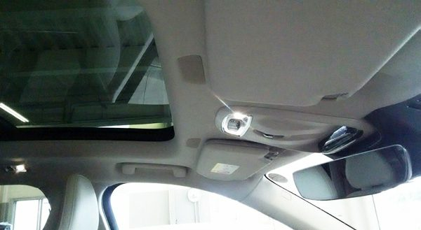 ボルボ・CX90 T5 AWD Momentum 天井部スピーカー