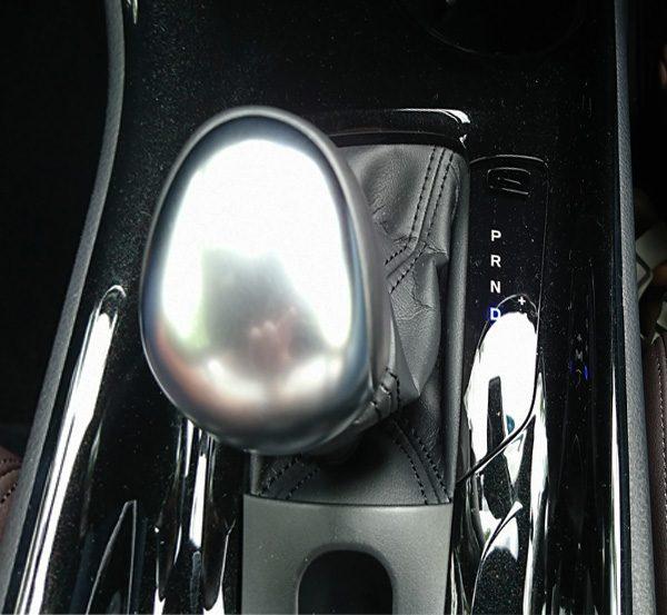 トヨタ・C-HR 1.2Lガソリンターボ シフトノブ