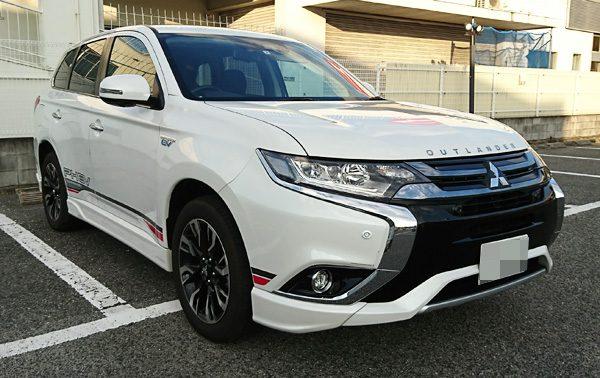 三菱・アウトランダーPHEV 試乗車