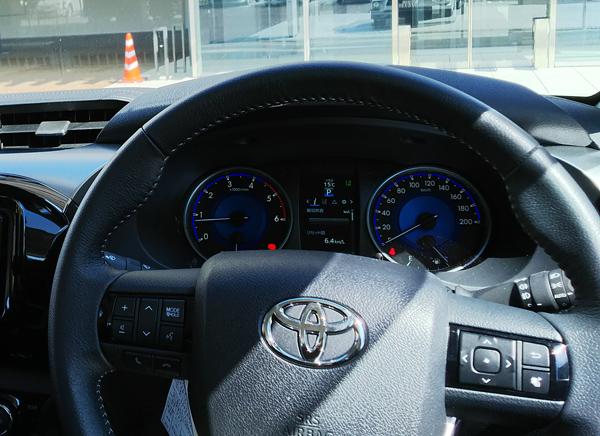 トヨタ・ハイラックス「Z」スピードメーター