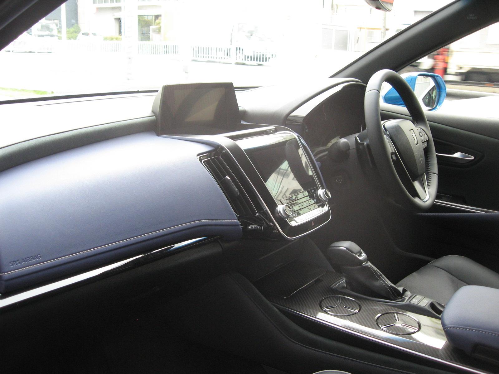 トヨタ・新型クラウンRS 内装 運転席