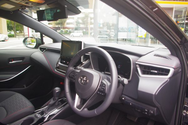 トヨタ・新型カローラスポーツ ハイブリッドGZ 内装